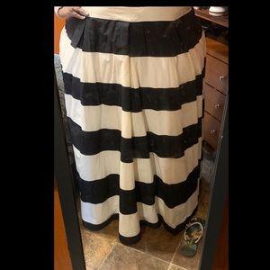 Curvy girl skirt